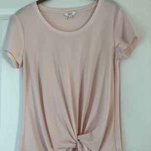 Pink short-sleeve top w/gather detail at front hem
